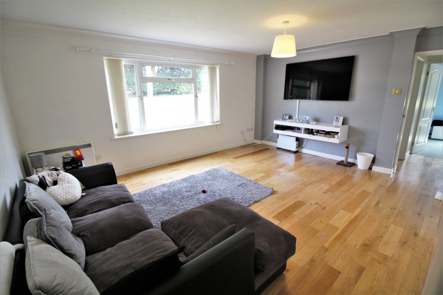 Images for Lower Armour Road, Tilehurst, Reading, Berkshire EAID:2941060700 BID:8425301